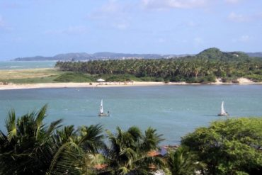 Lagoa Guarairas em Tibau do Sul